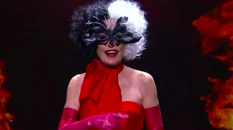 Ana Maria Braga se veste de Cruella