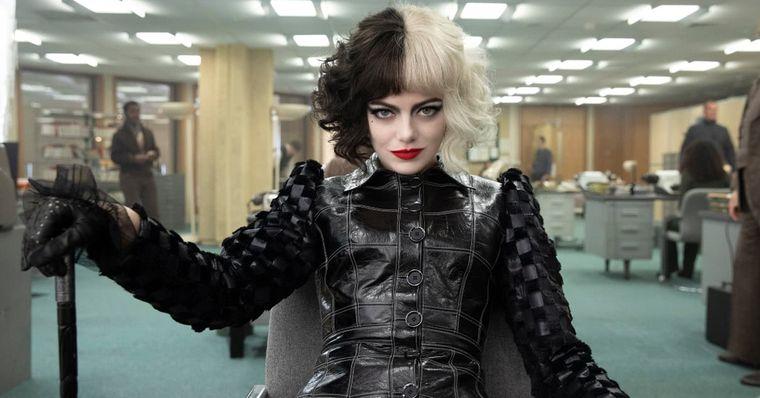 Emma Stone avalia processar a Disney por Cruella