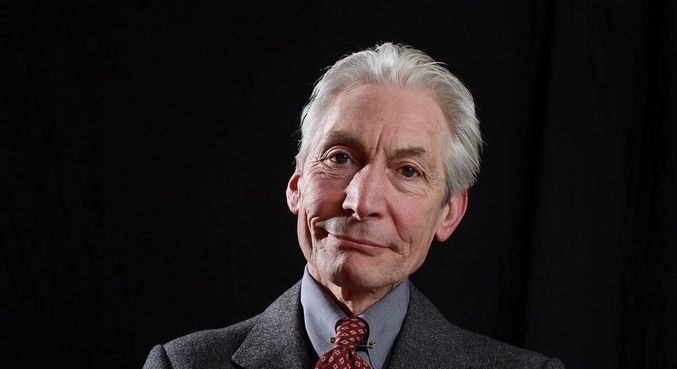 Morre Charlie Watts, baterista do Rolling Stones