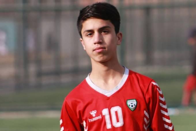 Jogador de Futebol era um dos homens que caiu ao tentar fugir do Afeganistão pendurado em avião