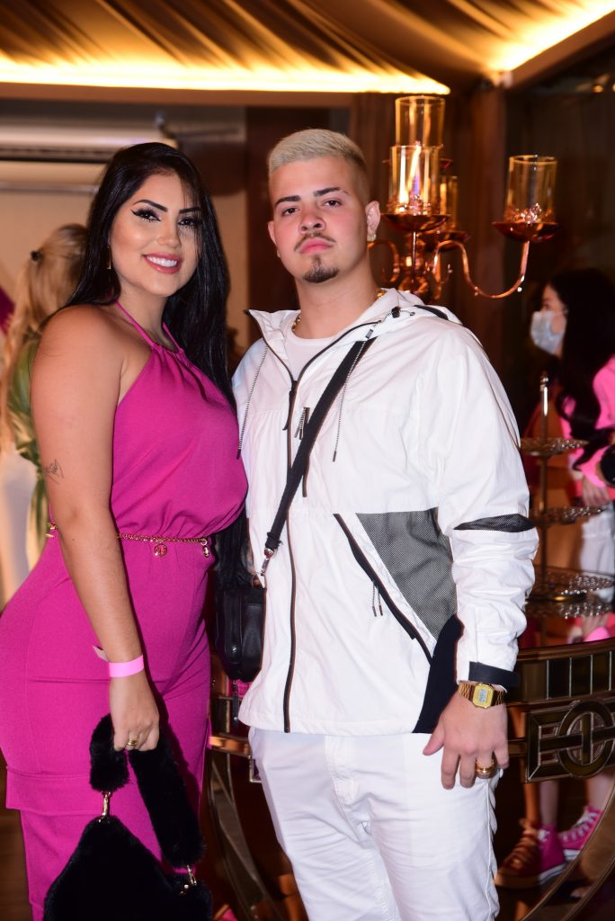 Limusine, fãs, shows e reconciliação: saiba tudo o que rolou na festa de Virginia Fonseca