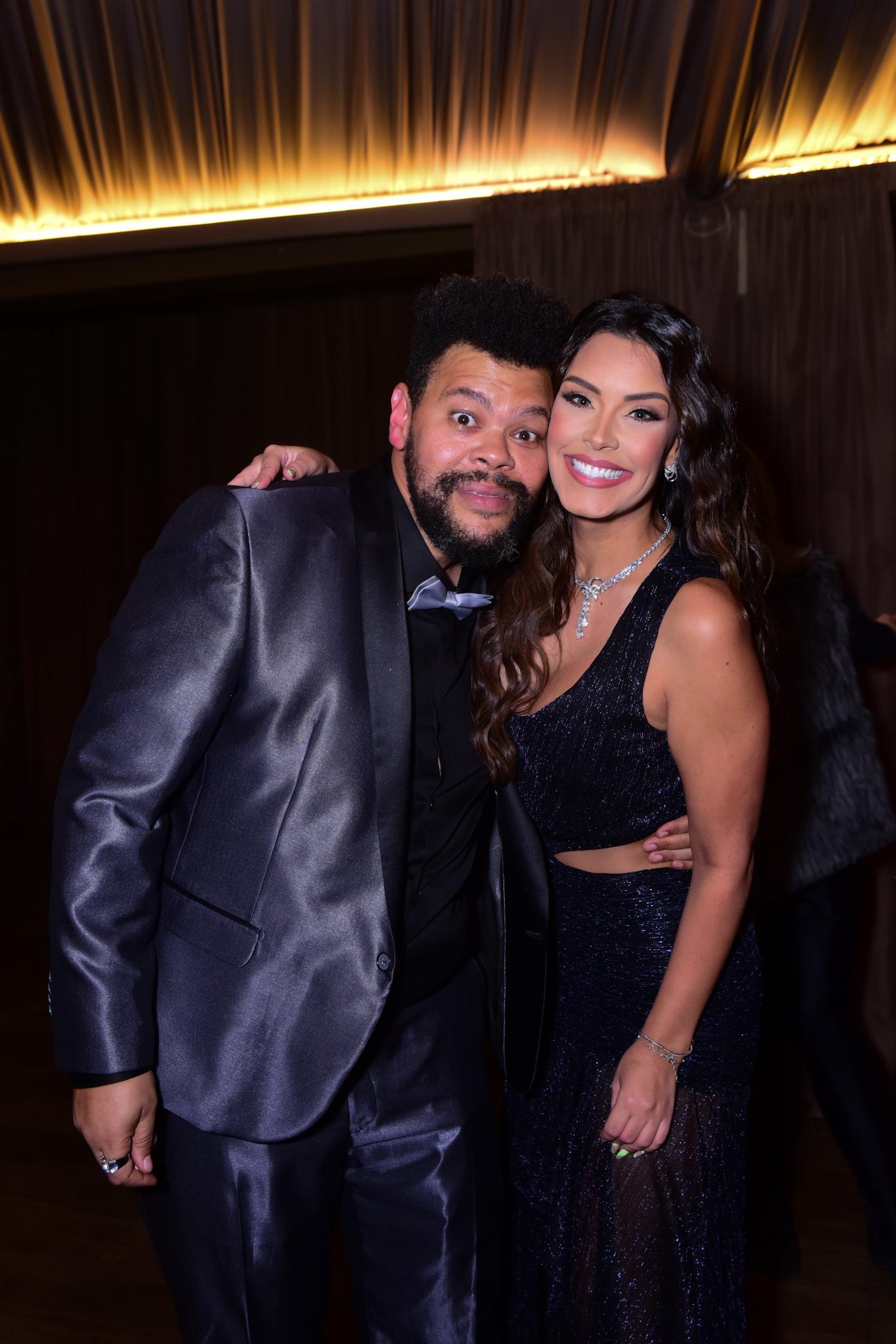 Ivy Moraes e Babu Santana selam a paz em festa