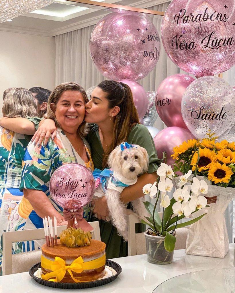 Vivian Amorim relata diagnóstico de câncer da mãe