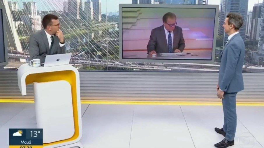 Chico Pinheiro não percebe que está ao vivo e comete gafe com Rodrigo Bocardi. Veja vídeo!